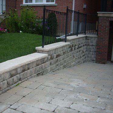 Retaining walls in garage