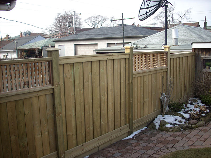 Wooden fences with wooden mesh
